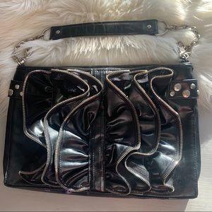 Vtg 80's style WH/BM zipper chain Bag